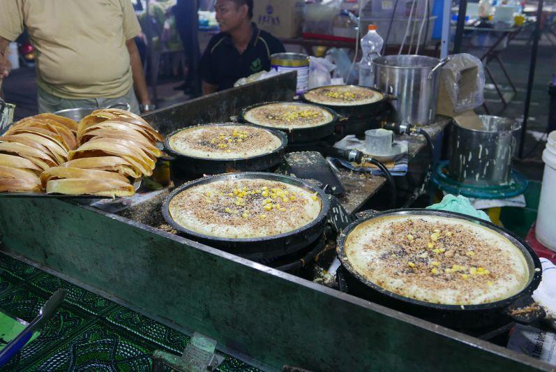 Nachtmarkt7_Sibu_travel2eat