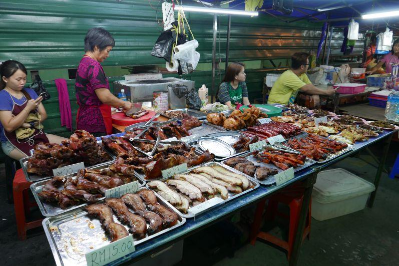 Nachtmarkt9_Sibu_travel2eat