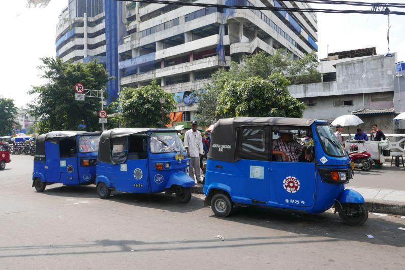Tuk Tuks in Jakarta