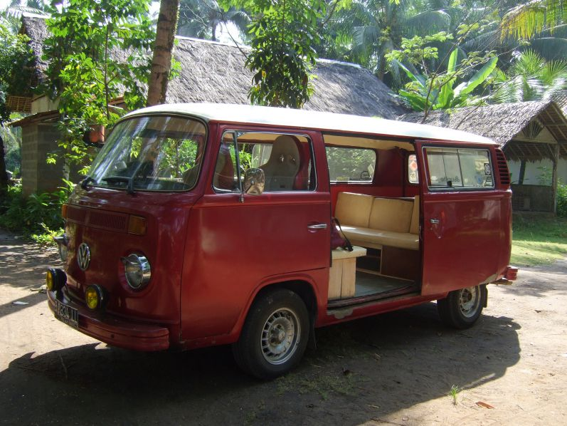 VW_Bus_Pangandaran_travel2eat