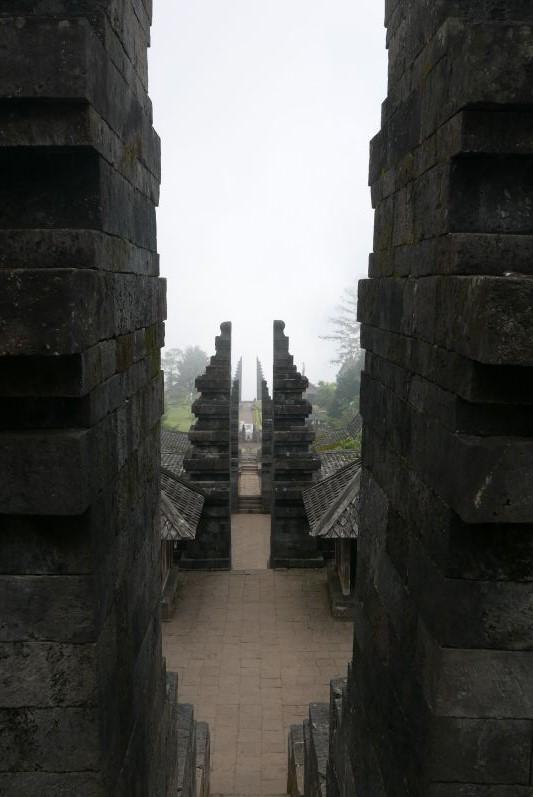 Tempeltour_solo_travel2eat (11)