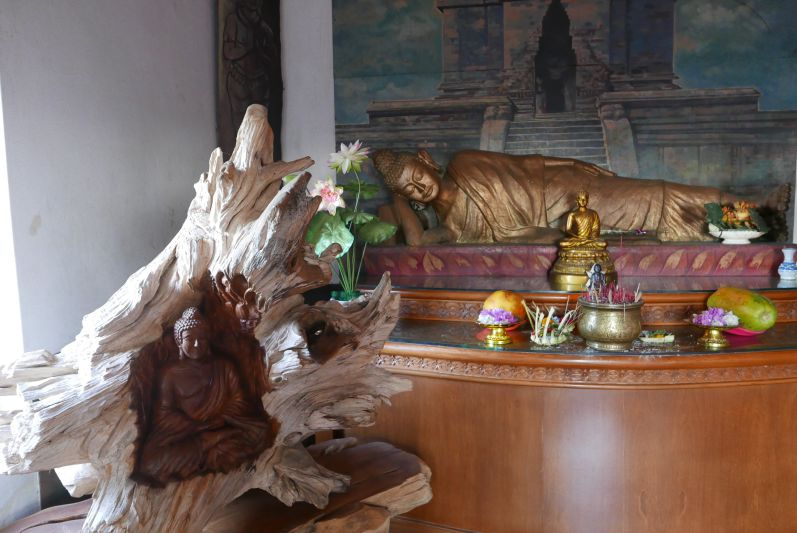 Buddhist_Temple_Bali_travel2eat (3)