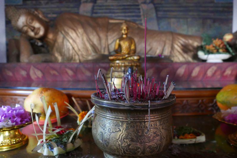 Buddhist_Temple_Bali_travel2eat (4)