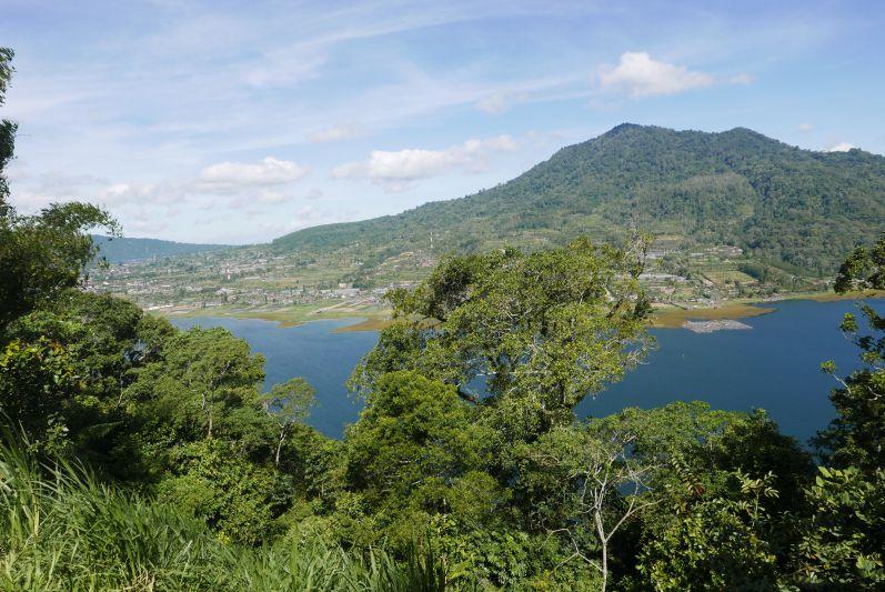 Lake_Buyan_Bali_travel2eat (1)