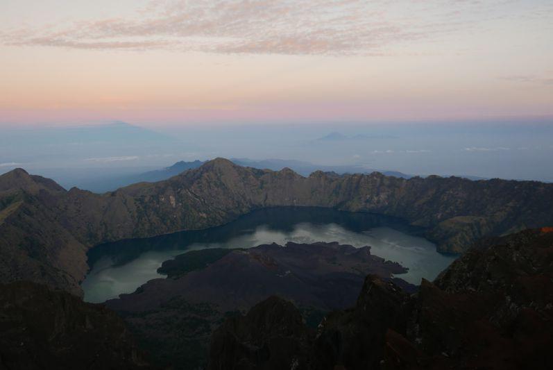 Sonnenaufgang_Tag3_Rinjani_travel2eat (4)