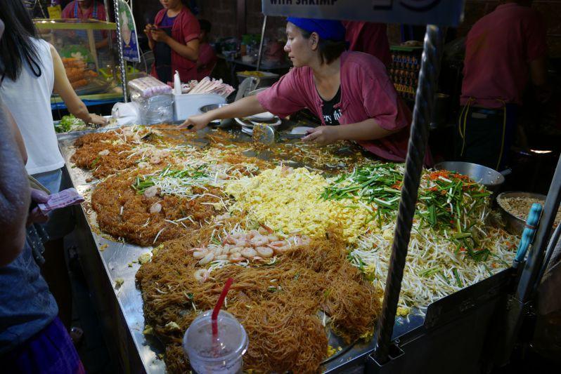 Sonntagsmarkt_Chiang_Mai_travel2eat (6)