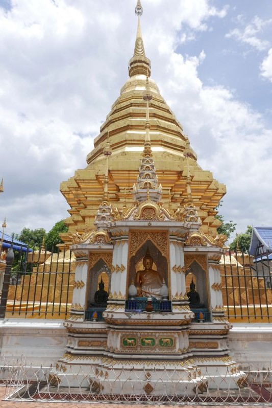 Stupas_Chiang_Mai_travel2eat (3)