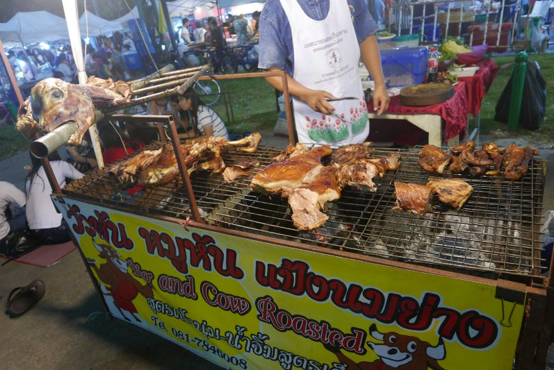 Sonntagsmarkt_Chiang_Rai_travel2eat (1)
