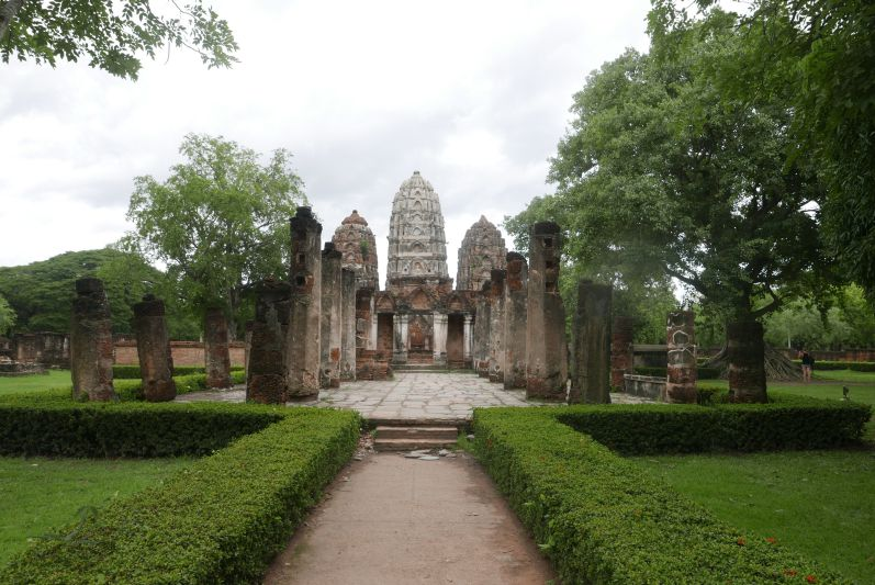 Tempel_Alt_Sukhothai_travel2eat (10)