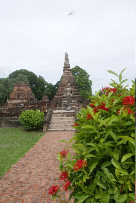 Tempel_Alt_Sukhothai_travel2eat (2)