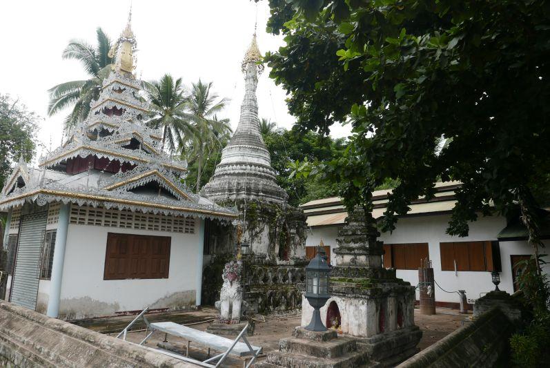 Tempel_mae_Hong_Son_travel2eat (3)