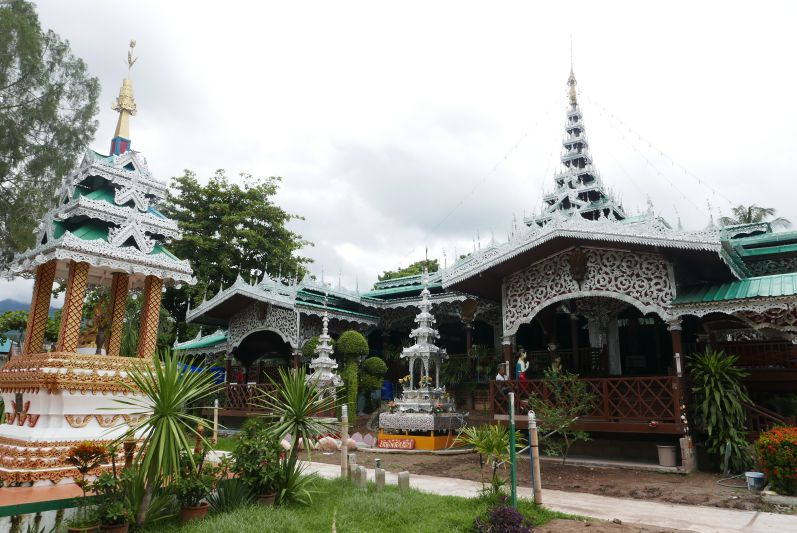 Tempel_mae_Hong_Son_travel2eat (6)