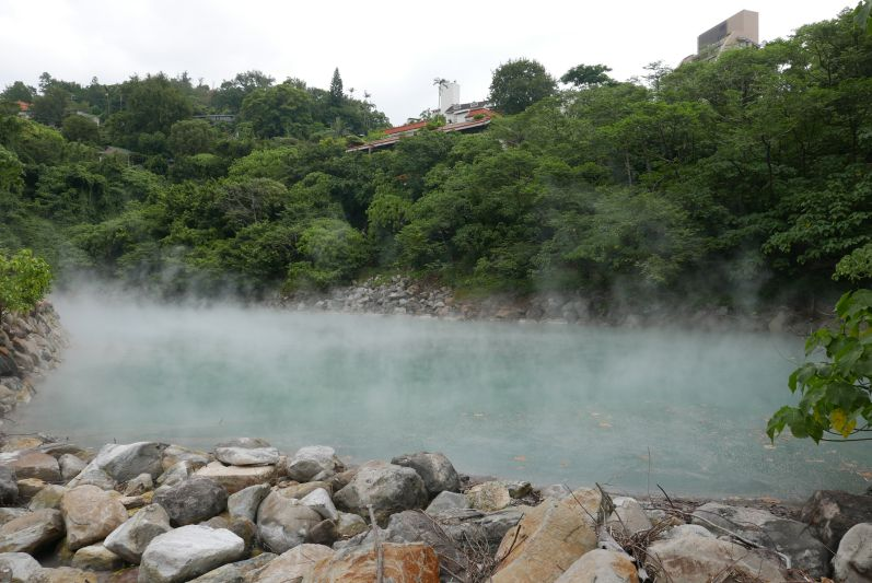 Hot Springs in Beitou - in diesem Becken durften wir aber nicht baden (im Badebereich durfte man nicht fotografieren)