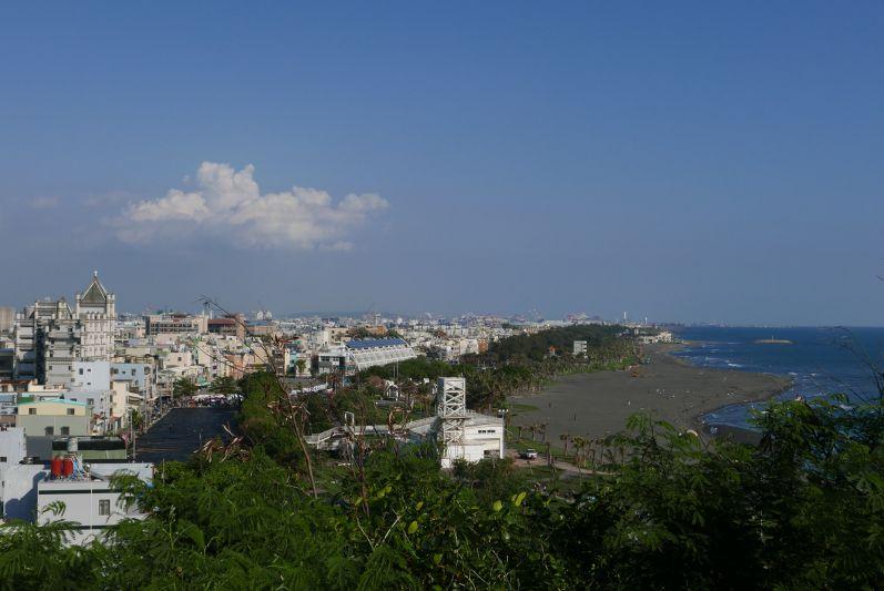 Strand von Cijin - am Strand entlang verläuft auch der Fahrradweg