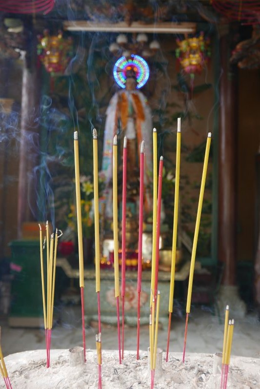 Tempel_Chinatown_Ho_Chi_Minh_travel2eat (2)