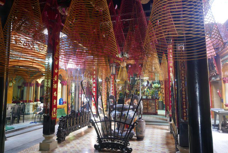 Tempel_Chinatown_Ho_Chi_Minh_travel2eat (3)