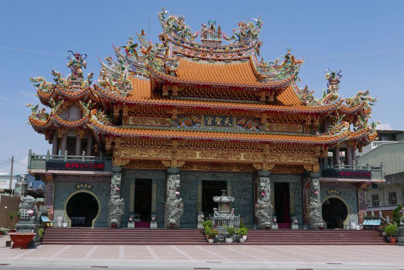 Tempel_Cijin_Kaohsiung_travel2eat