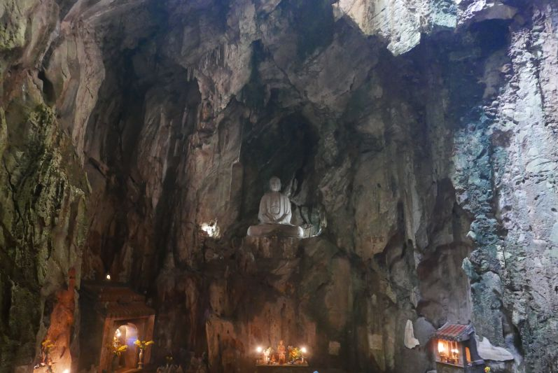 1_Hoehle_Marble_Mountains_Danang_travel2eat (2)