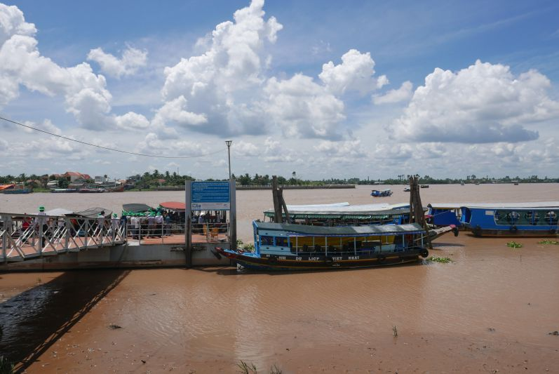 Boot_Mekong_Delta_ travel2eat