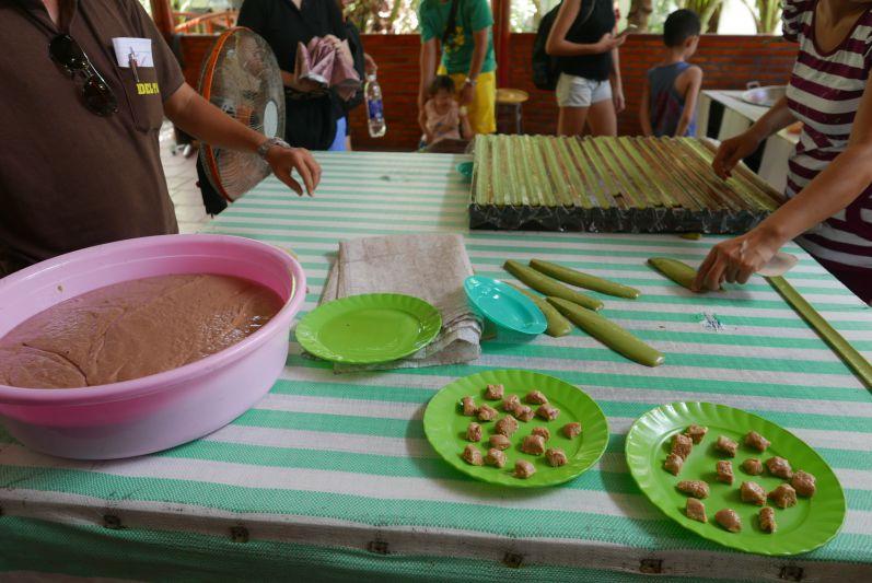 Kokossuessigkeiten_Mekong_Delta_ travel2eat (3)