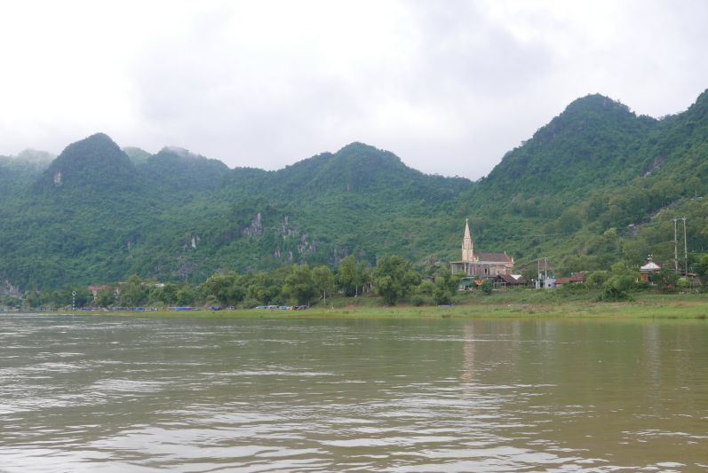 Bootsfahrt_Phong_Nha_travel2eat