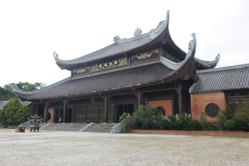 Chua_Bai_Dinh_Ninh_Binh_travel2eat (5)