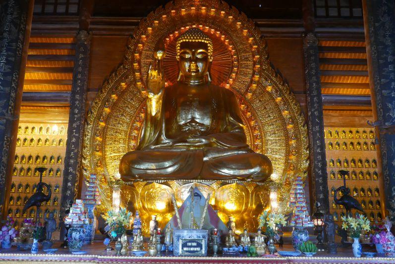 Chua_Bai_Dinh_Ninh_Binh_travel2eat (6)