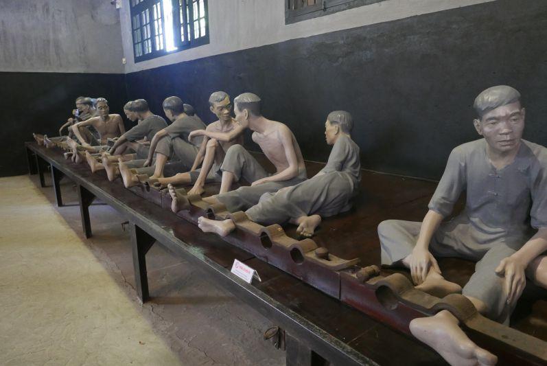 Hoa_Lo_Gefaengnismuseum_Hanoi_travel2eat (5)