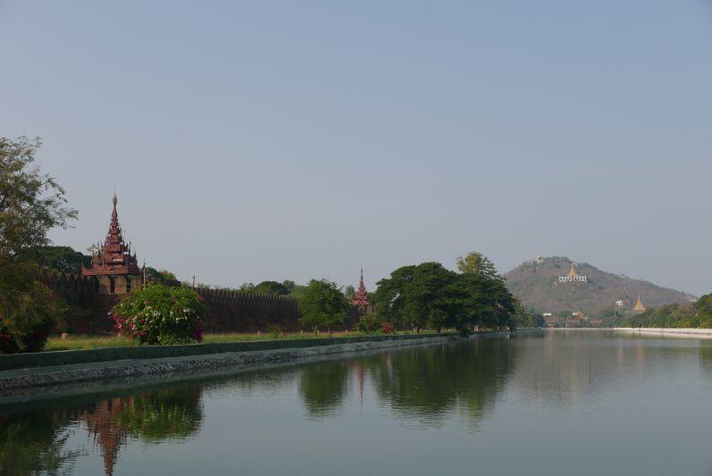 Blick auf den Mandalay Hill