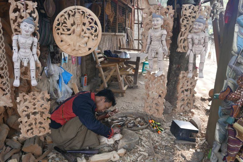 Holzarbeiten_Mandalay_Myanmar_travel2eat (2)