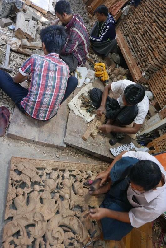 Holzarbeiten_Mandalay_Myanmar_travel2eat (4)