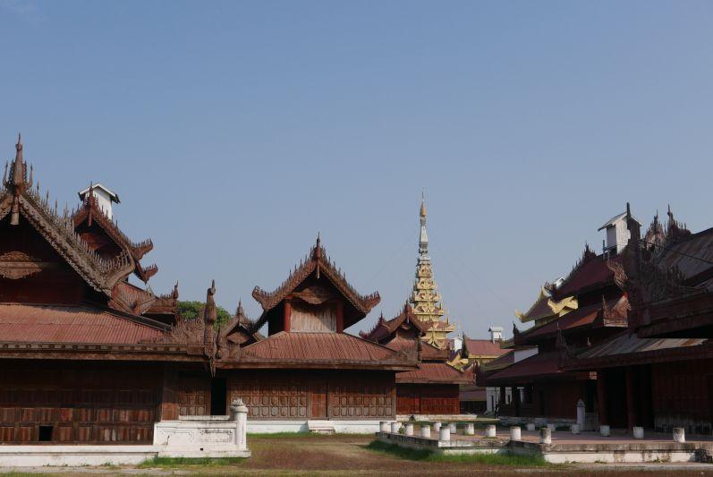 Koenigspalast_Mandalay_Myanmar_travel2eat (1)