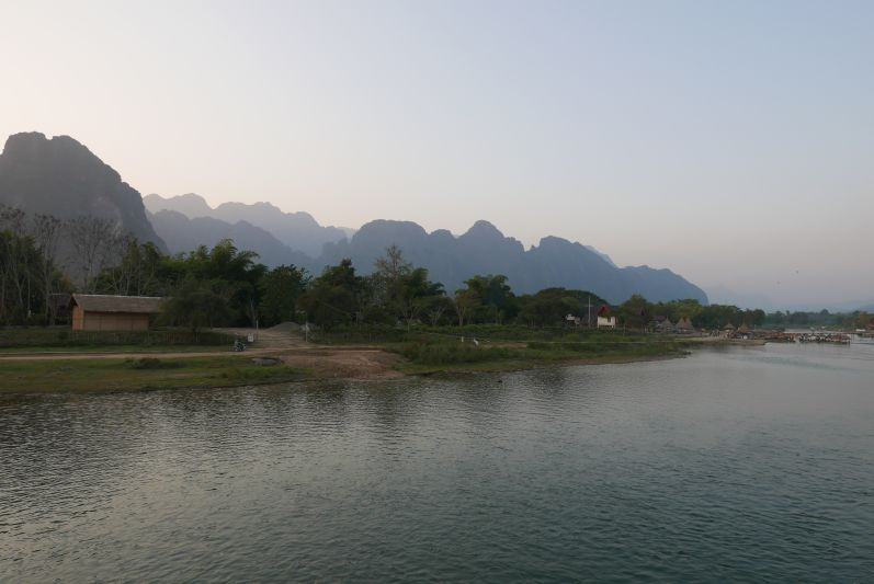 Karstberge_Vang_Vieng_Laos_travel2eat (1)
