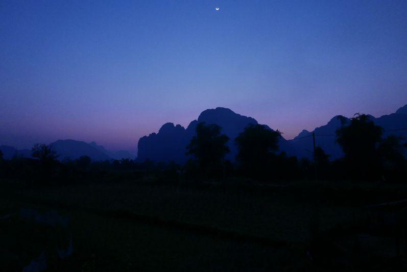 Keosimoon_Aussicht_Vang_Vieng_Laos_travel2eat (1)