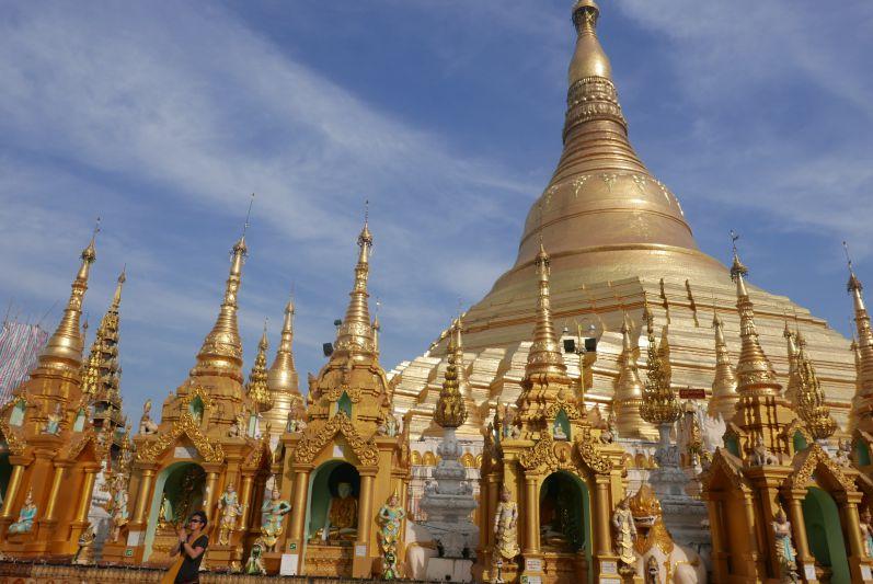 Shwedagon_Paya_Yangon_Myanmar_travel2eat (4)