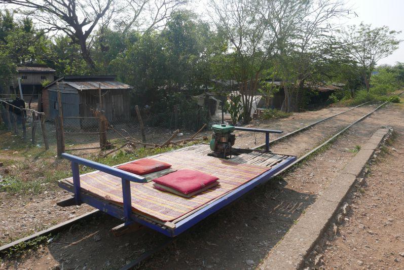 Bamboo_Train_Battambang_travel2eat (1)