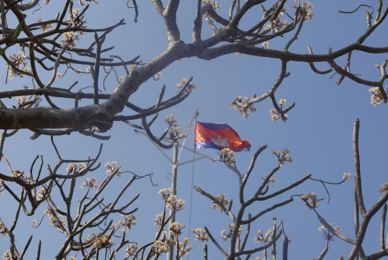 Flagge_Banan_Tempel_Battambang_travel2eat