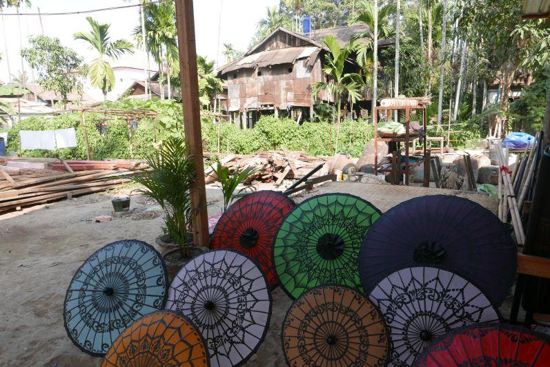 Schirmchen-Herstellung in Pathein