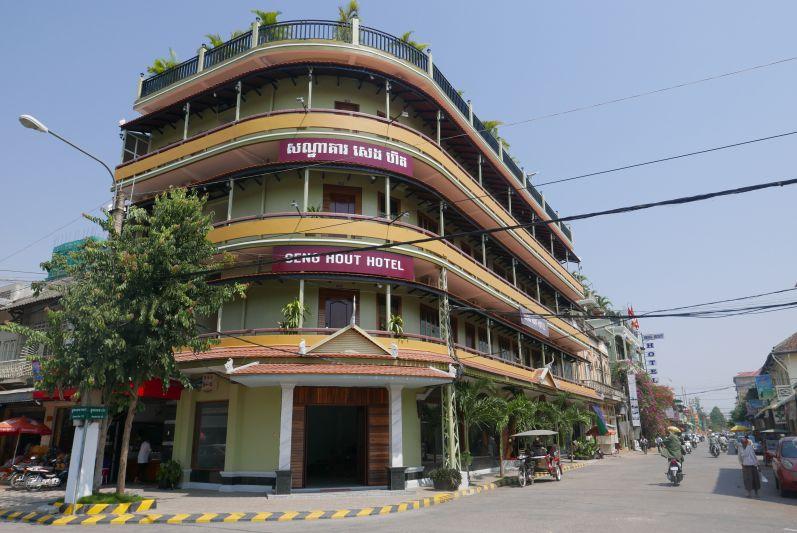 Senghout_Hotel_Battambang_travel2eat