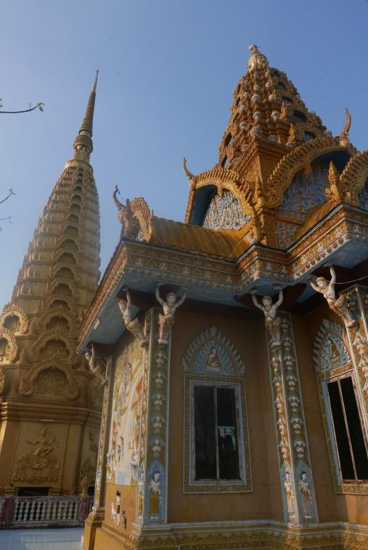 Tempel_Berg_Killing_Cave_Battambang_travel2eat (1)