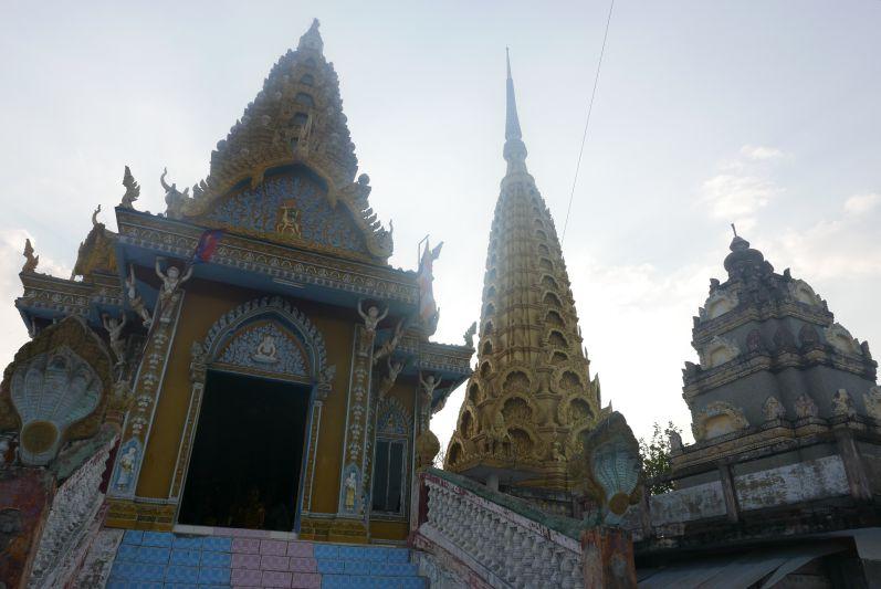Tempel_Berg_Killing_Cave_Battambang_travel2eat (2)