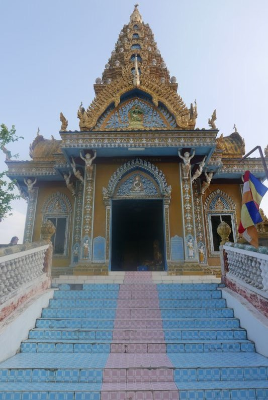 Tempel_Berg_Killing_Cave_Battambang_travel2eat (3)