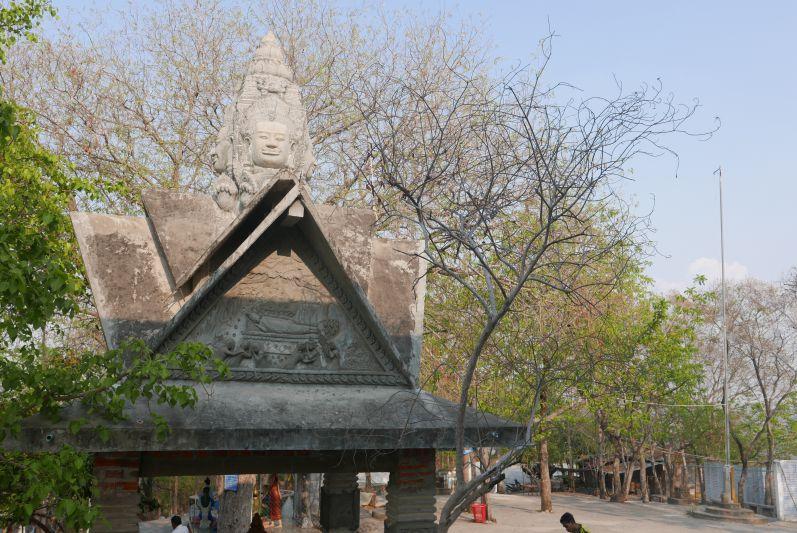 Tempel_Killing_Cave_Battambang_travel2eat (1)