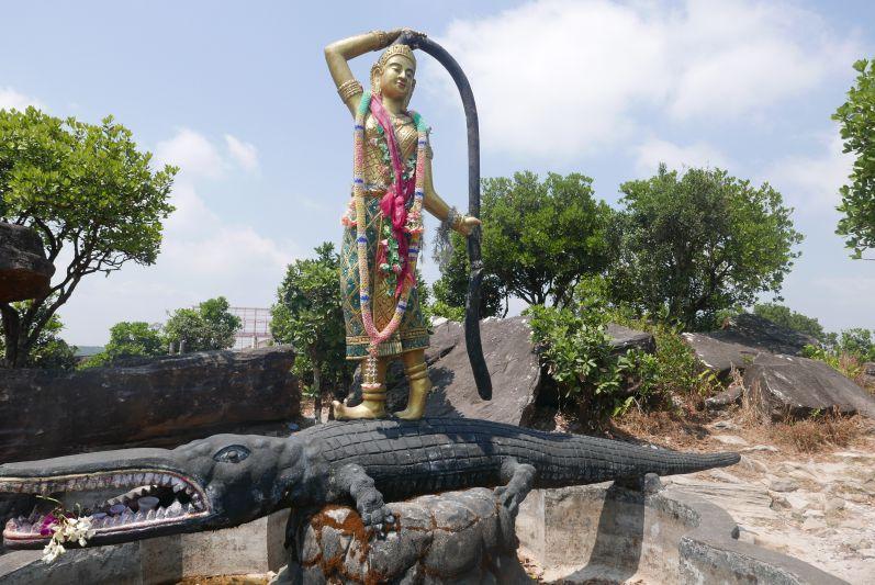 Wat Sampov Pram_Bokor_Kampot_travel2eat (2)