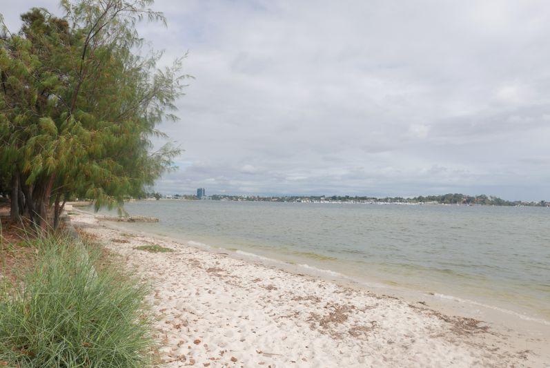 Como Beach