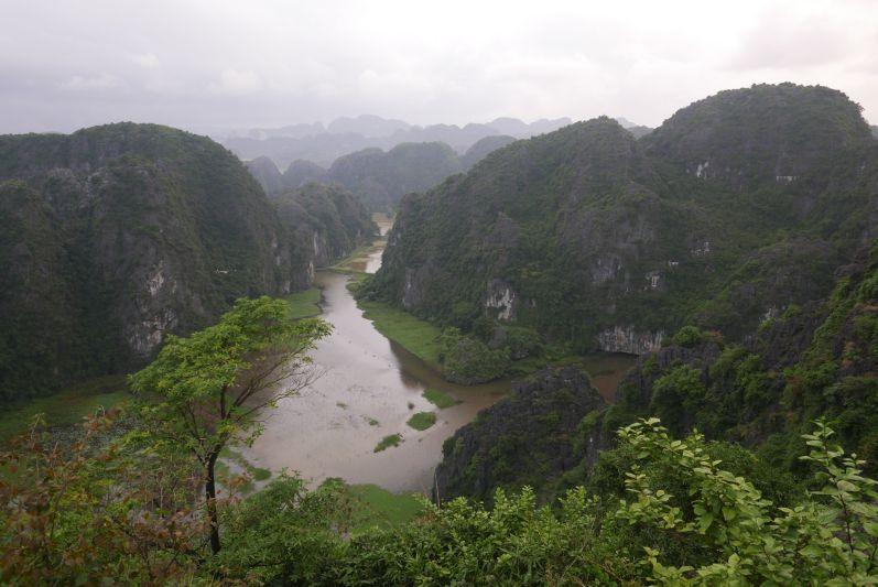 Die atemberaubende Landschaft um Ninh Binh (Vietnam)