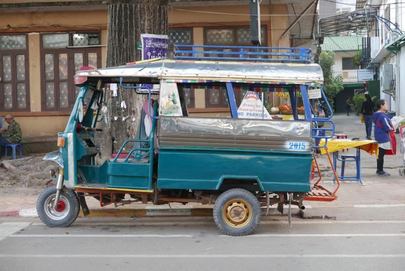 Den Februar haben wir in Laos verbracht...