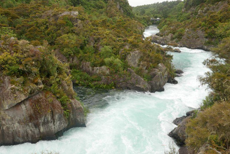 Damm_Oeffnung_Aratiatia_Taupo_Neuseeland_travel2eat