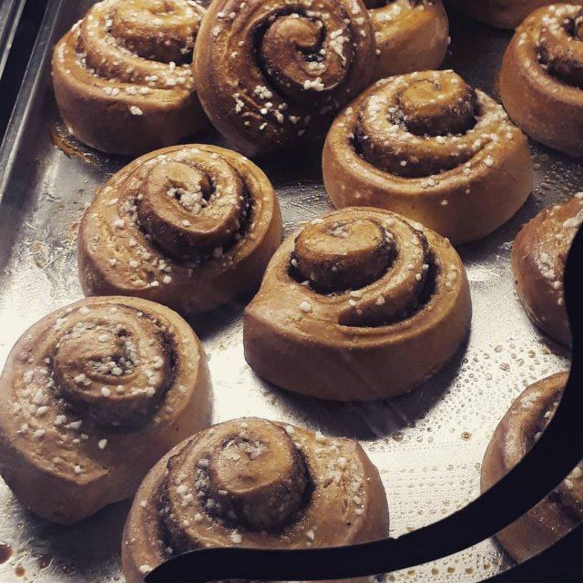 Finally whenfoodmakesyourday foodmakesmehappy zimtschnecken ikeadeutschland cinnamonrolls sogood foodlover alwayshungry foodphotohellip