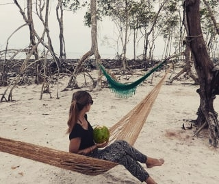 Thats me enjoying a freshcoconut in a comfy hammock earlierhellip